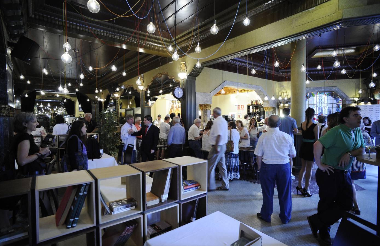 Reabre el Gran Café El Mercante